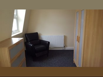 Furnished room available in the city