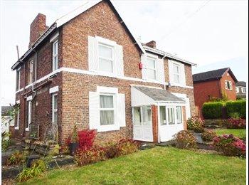 Refurbished Seven Bedroomed Detached House Share