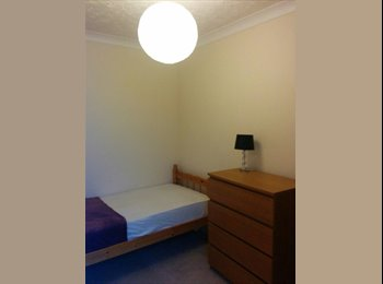 Single room to rent - Southsea