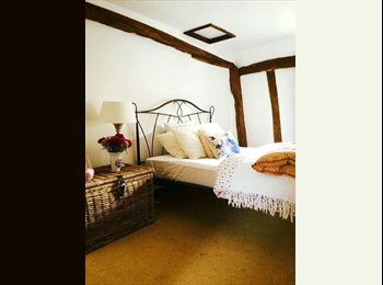 Gorgeous double room in beautiful cottage