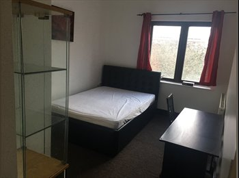 Beautiful double rooms 10 min by walk from Brixton!