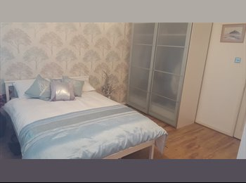 House Share with double room