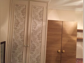 Room to let close to heathrow