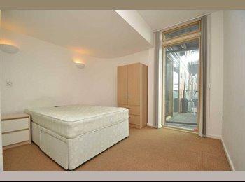 Amazing central Leeds ensuite double room