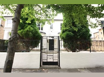 **Wonderful house in the heart of Chiswick**