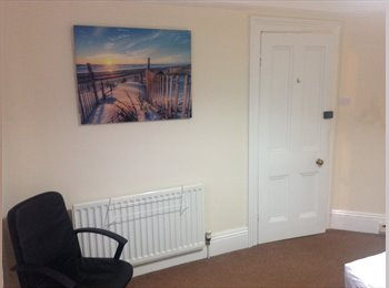 Large double room £390 per month all bills Included.