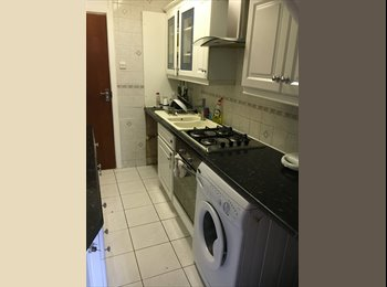 (Wembley!Cheap Big Single! Move in Now!