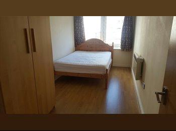 Room in Stratford Zone 2 Free Gym Best Price