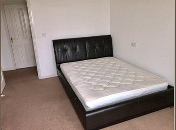 EasyRoommate UK - Double Room, Gravesend - £479 pcm