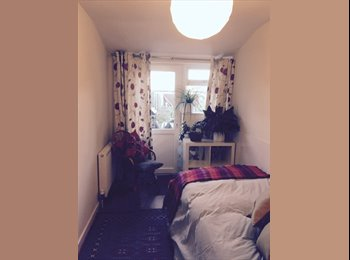 Ensuite room available in charming Westbourne