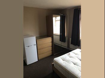 DOUBLE ROOM £600 pcm