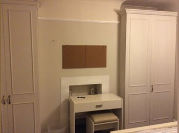 Female pref for double room in Hanwell, W7.