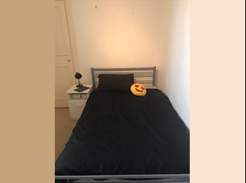 Double bed room to rent in Golders Green