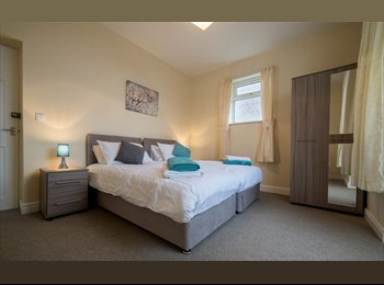 Double room available for SHORT TERM LET in serviced shared...