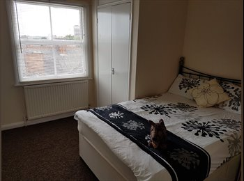 **Large Double Rooms City Centre All Inclusive**