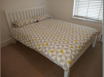 Double room in great house and location