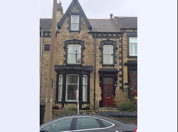 EasyRoommate UK - Stunning large rooms in a period property..., Barnsley - £411 pcm