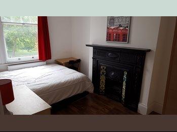 EasyRoommate UK - Nice Double room In Clapham South, Clapham - £800 pcm