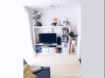 bright double room in the heart of Southgate