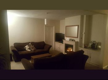 Double room to rent - £500 all bills inc (Feb 24th - 25th...