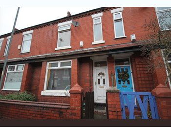EasyRoommate UK - 3 BED, FURNISHED PROPERTY IN FALLOWFIELD, Fallowfield - £387 pcm