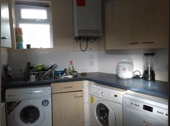 2 very good sized bedrooms in Headingley available 1st of...