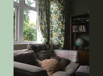 Room in two bed share in perfect location near Heaton...