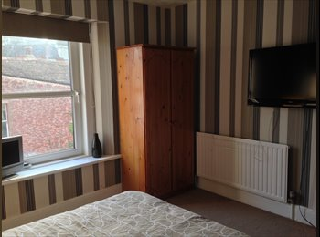 EasyRoommate UK - Double room to rent, Paignton - £400 pcm