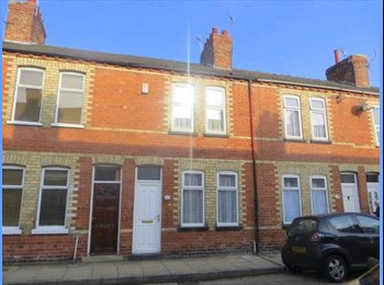 THREE ROOMS AVAILABLE! A THREE DOUBLE BEDROOM TERRACED...
