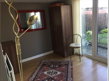 EasyRoommate UK - Ground floor private access garden room to let, North Shields - £400 pcm
