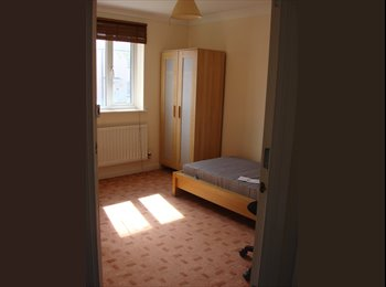 Room(s) available in shared house