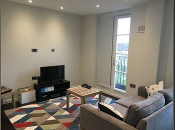 Brand New Flat! Double Room in Chalk Farm