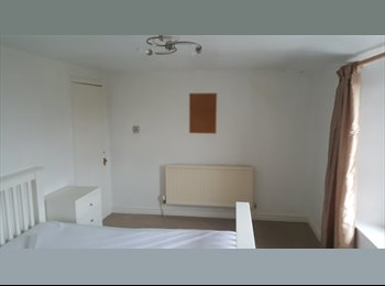 Double room available Now!!