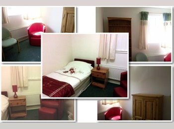 Funtastic Adjacent rooms, bedroom+study with C/H, M/W,...