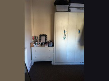 Beautiful room in Brixton! Amazing deal!