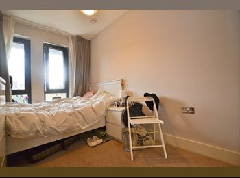 EasyRoommate UK - Stunning Double in Brand New House In Wimbledon!, South Wimbledon - £715 pcm