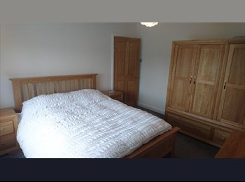 EasyRoommate UK - Double room, Brislington - £625 pcm