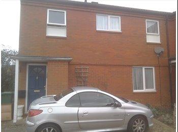 EasyRoommate UK - Double room in family home, Milton Keynes - £550 pcm