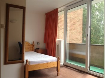EasyRoommate UK - Headington ensuite double balcony double double kitchenette, Headington - £560 pcm