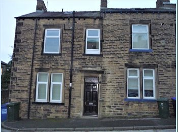 EasyRoommate UK - High quality duplex flat, 2 double bedrooms, Barnoldswick - £550 pcm