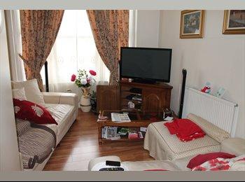 Fantastic 5 Bed Student Flat Close To Nottingham Trent...
