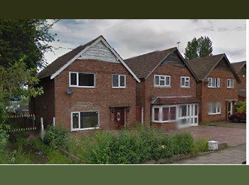 EasyRoommate UK - 3 BEDROOM HOUSE AVAILABLE IN HANDSWORTH WOOD, Hamstead - £795 pcm