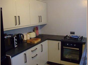 EasyRoommate UK - House share , Mansfield - £75 pcm
