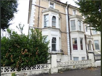 EasyRoommate UK - Room to Rent in Hove - Available Start of June 17th, Hove - £488 pcm