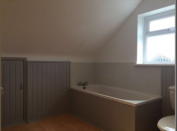 EasyRoommate UK - Self Contained Apartment , Broadstone - £650 pcm