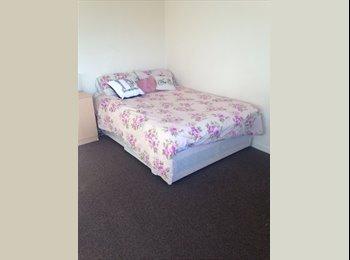 Spacious Double Room for Rent in Headington
