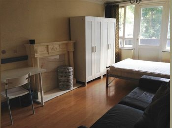 ^ Bright Double Room with Balcony bills included available...