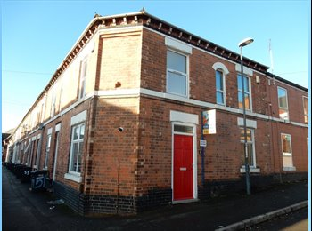 EasyRoommate UK - Superb newly refurbished house located on Temple Street, Derby, Litchurch - £240 pcm