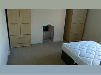 EasyRoommate UK - 5 Great rooms avaliable from £265 onwards with ALL bills included, Coxlodge - £265 pcm