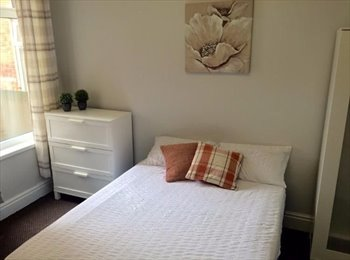 EasyRoommate UK - [WIFI+BILLS INC] 1 Bedroom Room In Shared House To Rent | Newland Avenue, Hull, Botanic - £260 pcm